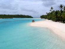 One Foot Island, Aitutaki, Cook Islands photo by g-hat on Flickr